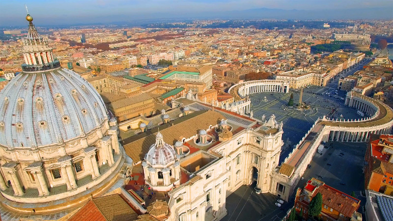 What currency is used in Vatican City?