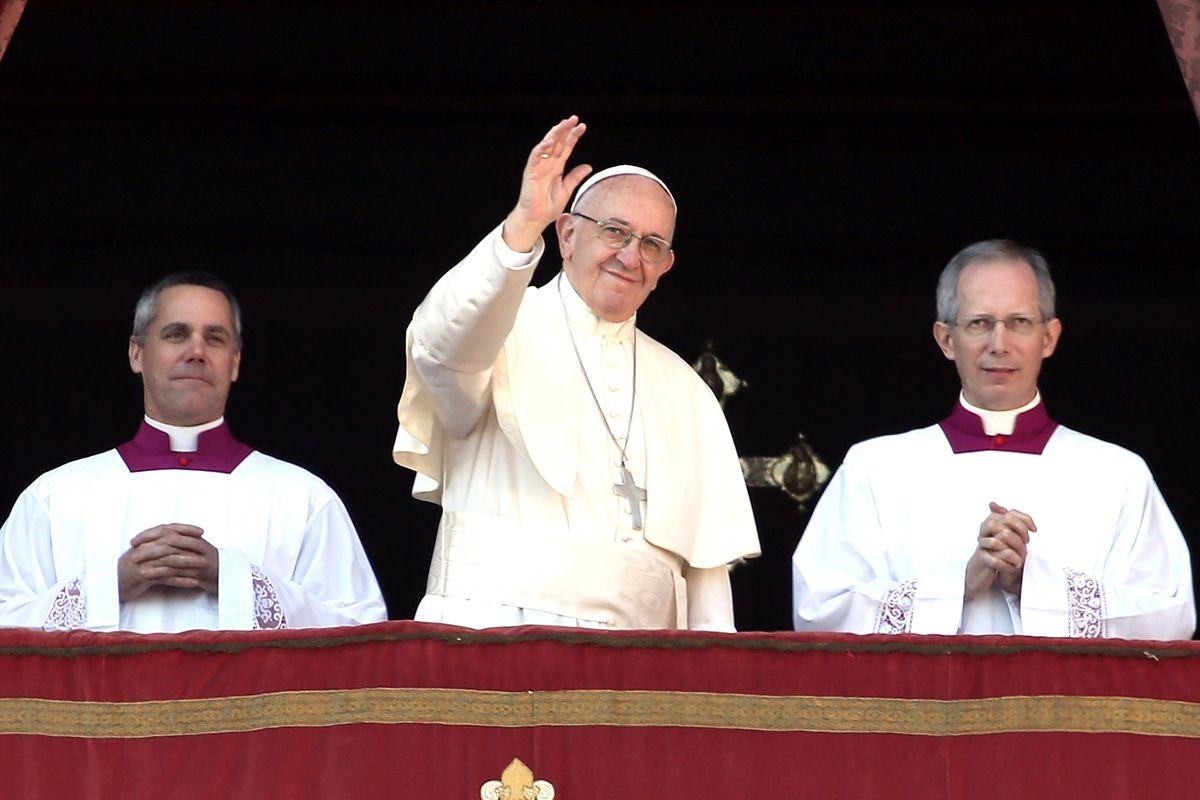 Do popes marry?