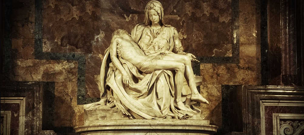 What are the most famous art pieces in the Vatican City?
