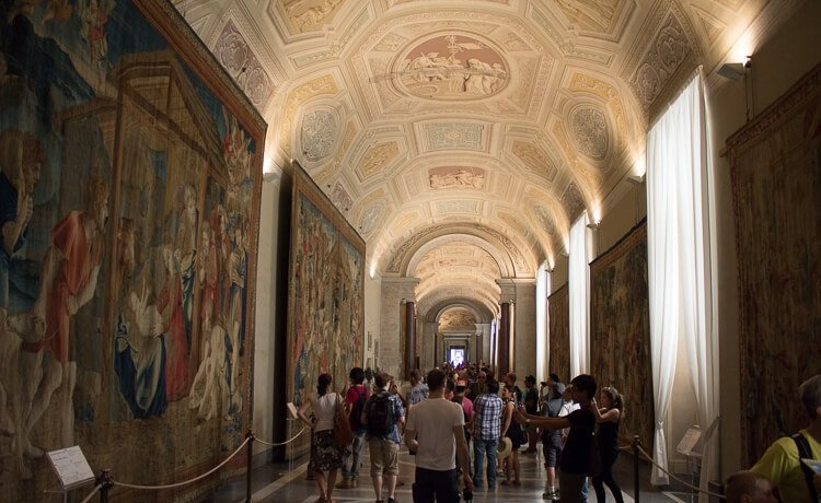 the gallery of tapestries